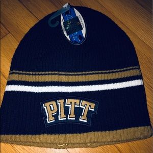 Other - Brand New W/Tags Pittsburgh Beanie